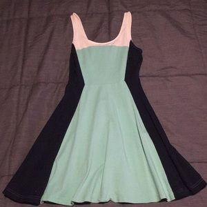 Express color block dress sz XS